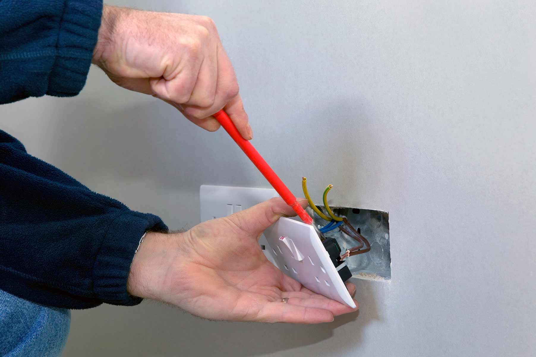 Our electricians can install plug sockets for domestic and commercial proeprties in Shepherds Bush and the local area.